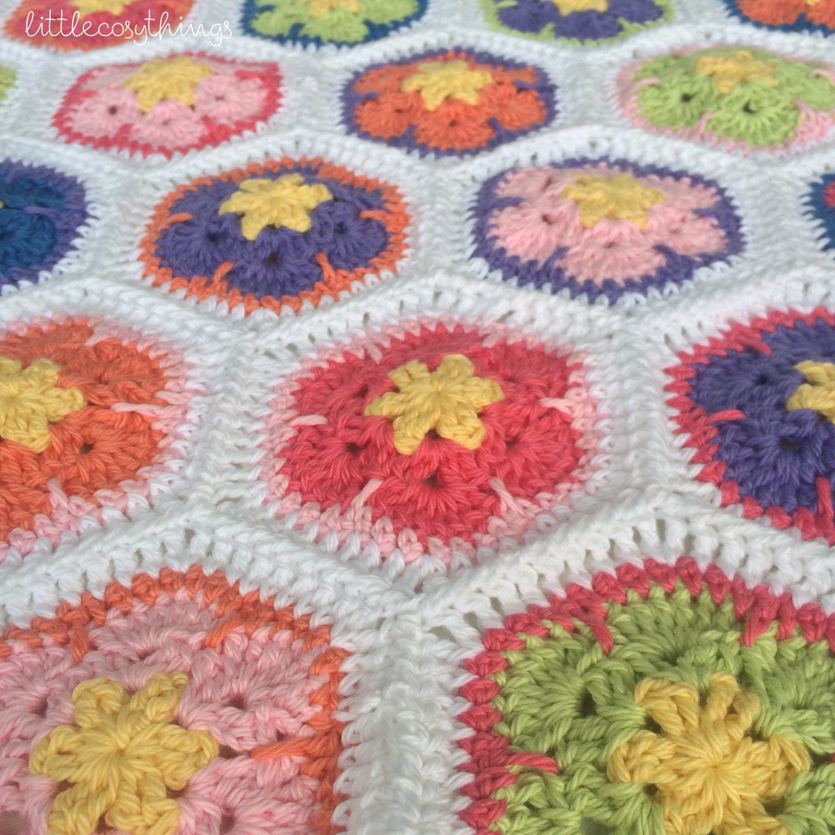 Free Knitted Crochet African Flower Pattern Dragon : An African Flower Crochet Blanket? Part ONE Little Cosy ...