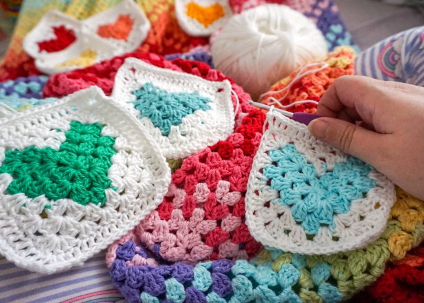 crochet granny heart granny squares in rainbow colours with cotton yarn by Little Cosy Things @littlecosythings